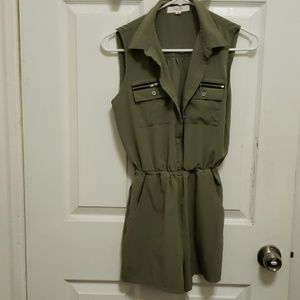 Olive green small jumpsuit
